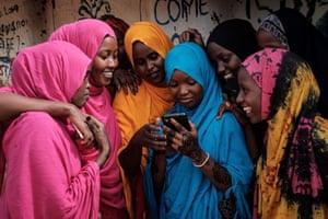 Young Somali women at Dadaab