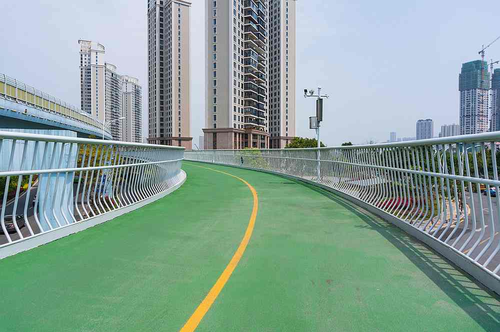 Chinese cyclists benefit from elevated cycle lanes like this one in Xiamen. — inward / Shutterstock pic via AFP