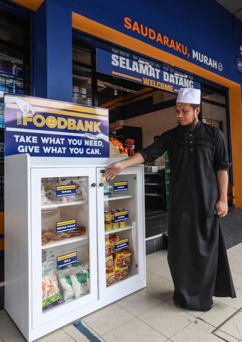 Celebrity preacher Ustaz Ebit Lew is extending his act of kindness by providing a food bank at all his Elews Mart sundry mart. — Picture from Facebook/ Ebit Lew