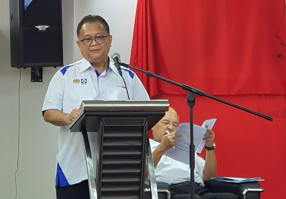 Domestic Trade and Consumer Affairs Minister Datuk Alexander Nanta Linggi addresses the dialogue in Kuching September 14, 2020. — Picture by Sulok Tawie