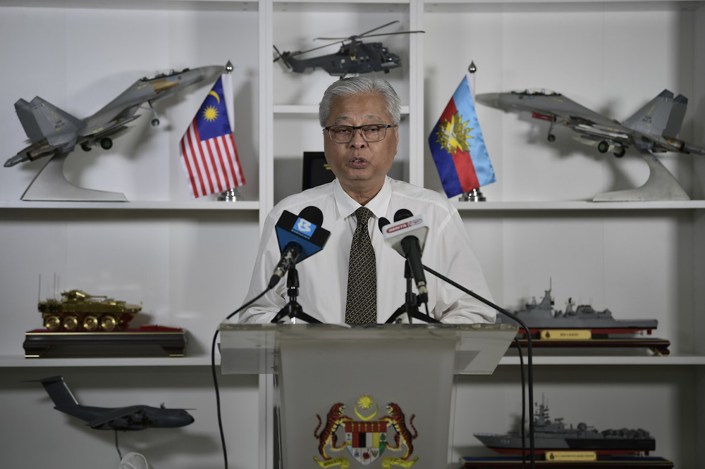 Senior Minister (Security Cluster) Datuk Seri Ismail Sabri Yaakob speaks at a press conference on the development of the recovery movement control order at the Ministry of Defence in Kuala Lumpur, October 19, 2020. — Bernama pic