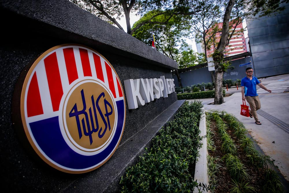 The EPF ensured that employers were able to sustain their costs and continue to retain their employees by offering the Employer Covid-19 Assistance Programme, specifically targeted at small and medium enterprises. — Picture by Hari Anggara