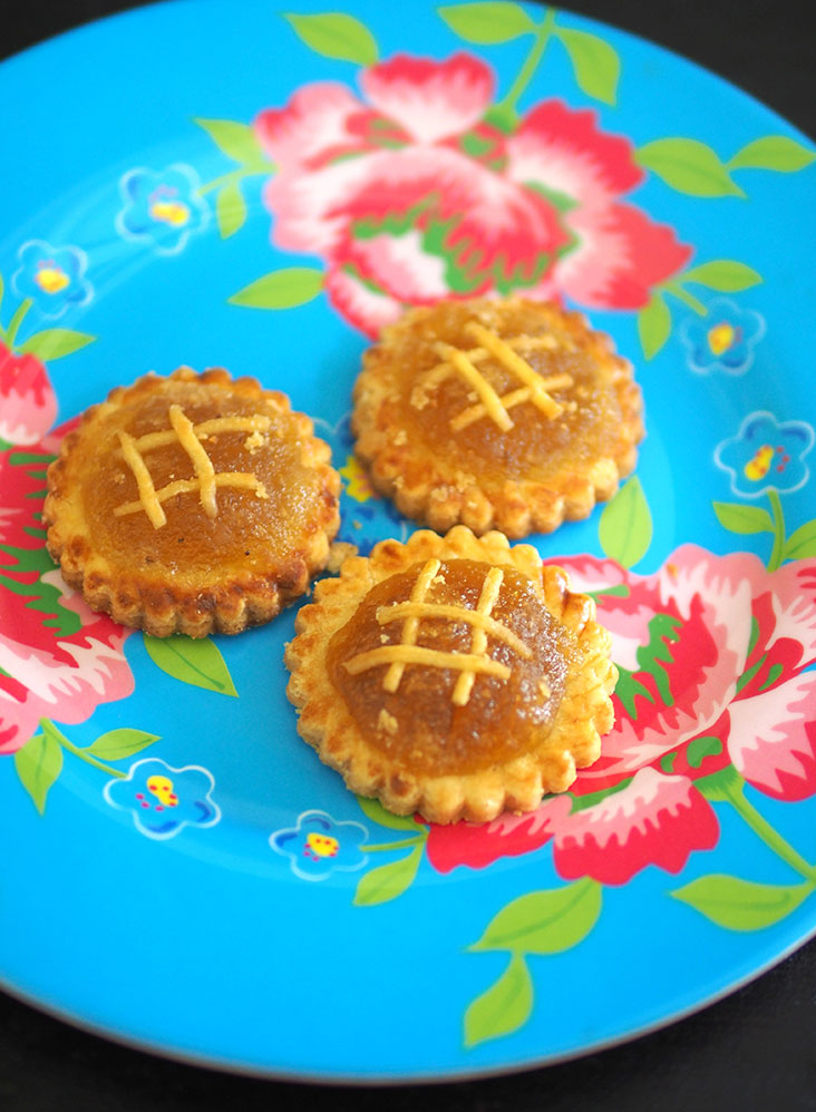 Madam Lim's pineapple tarts are addictive with the tangy pineapple jam and buttery biscuit base