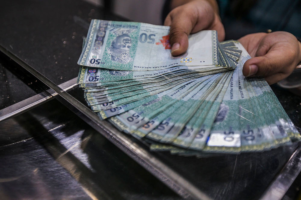 On Wednesday, the government announced that it successfully placed two dollar-denominated sukuk issuances, a 10-year bond for US$800 million and another 30-year issue for US$500 million. — Picture by Hari Anggara