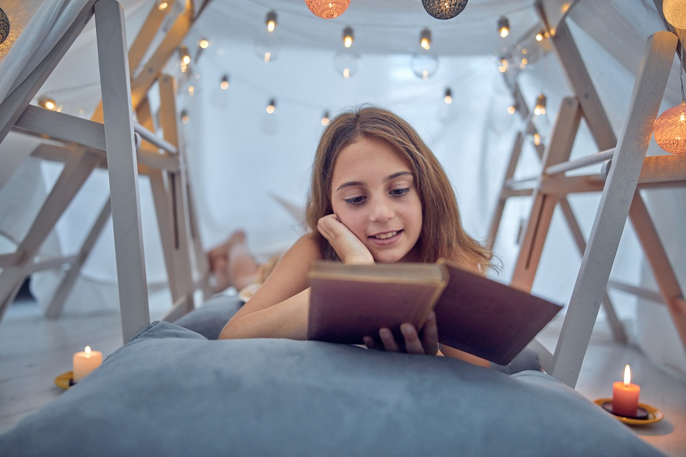 Three in ten girls say that they read every day, according to Childwise's latest annual survey. IStock.com