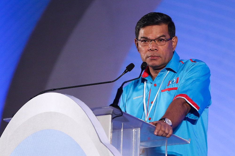 PKR secretary-general Datuk Seri Saifuddin Nasution Ismail confirmed the two defectors had been sacked from their posts. — Picture by Yusof Mat Isa