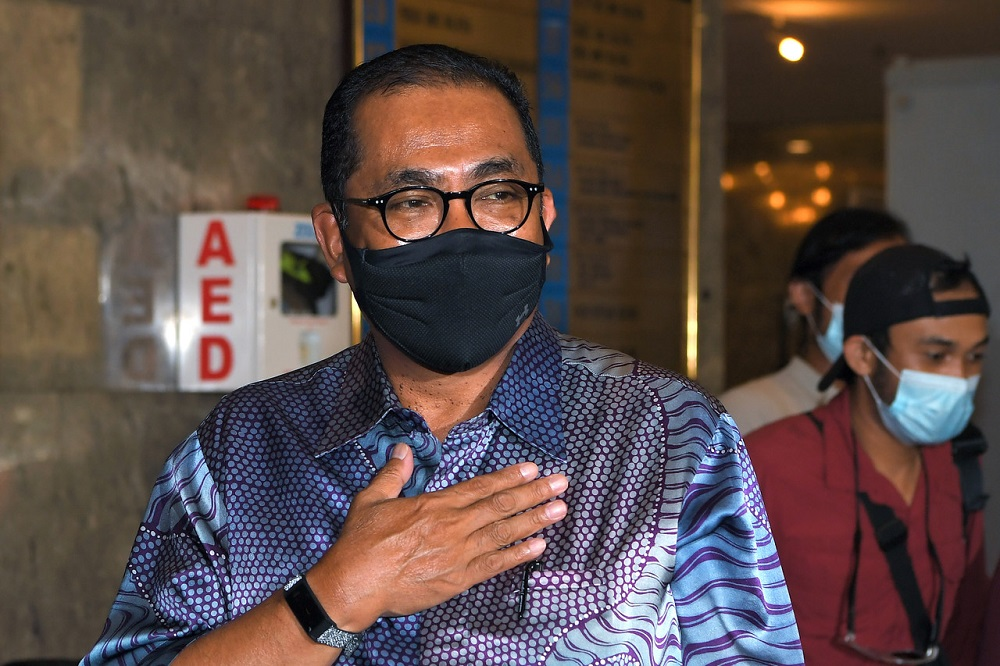 Umno deputy president Datuk Seri Mohamed Khaled Nordin attributed Perikatan Nasional's fall to the distrust from Malaysians. — Bernama pic