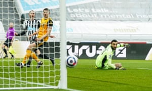Miguel Almiron of Newcastle United has a shot at goal which hits the post.