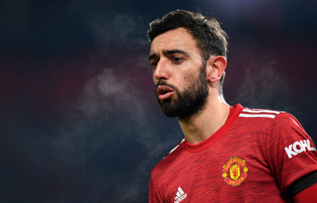 Bruno Fernandes to refuse new Manchester United contract until teammate Paul Pogba signs extension