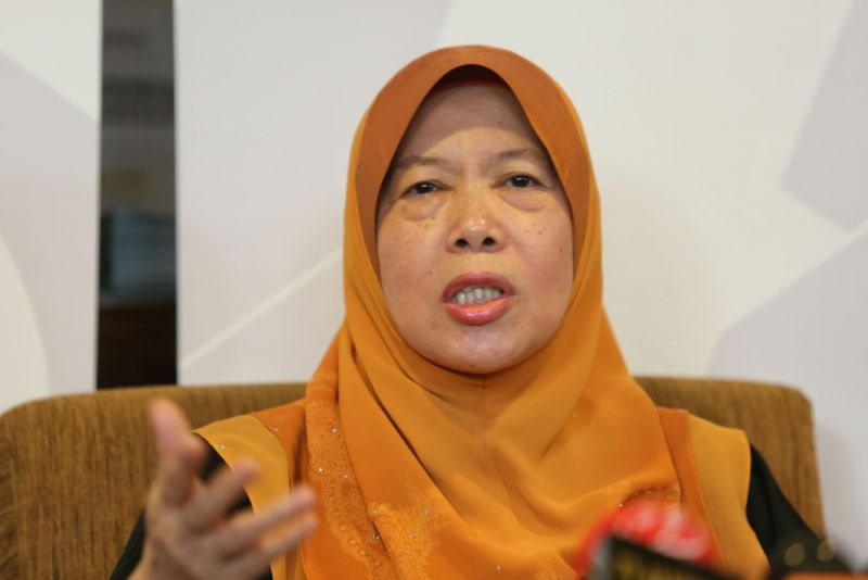 In a statement this evening, Mara chairman Datuk Azizah Mohd Dun said the agency views these allegations seriously and has also begun its internal probe into the matter. ― Picture by Saw Siow Feng