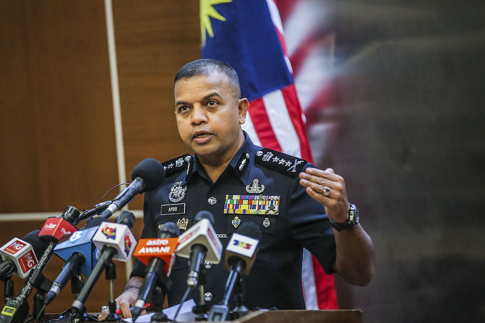 Johor police chief Datuk Ayob Khan Mydin Pitchay said the personnel listed are, for now, not linked to the 'Nicky Gang'. ― Picture by Hari Anggara