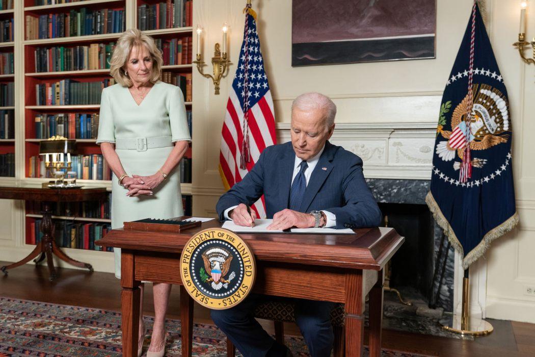joe biden signs at white house