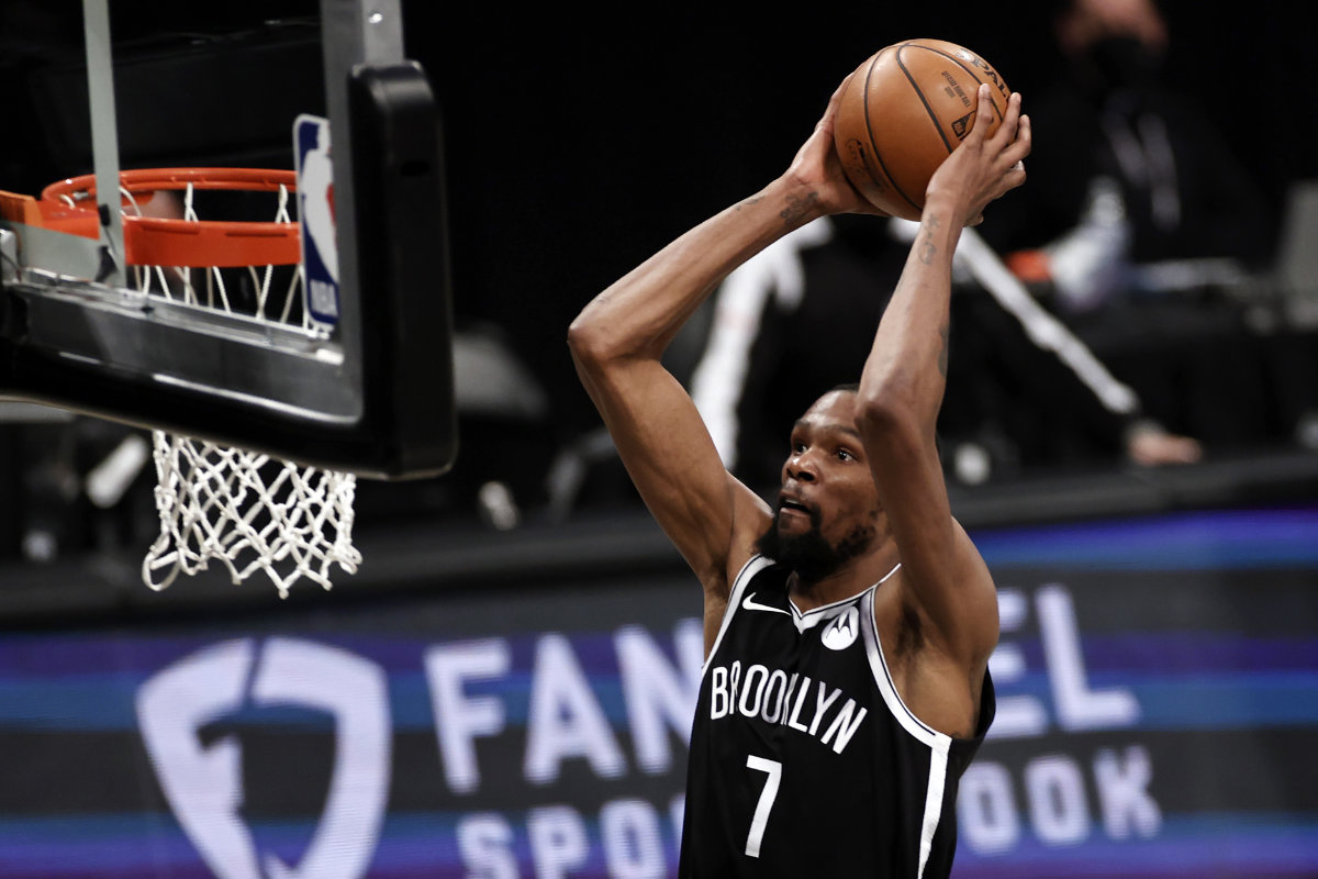 Brooklyn Nets forward Kevin Durant dunks against the Milwaukee Bucks during Game 1 of their NBA basketball second-round playoff series on June 5, 2021, in New York. (AP Photo/Adam Hunger)