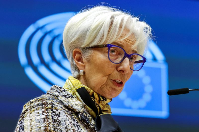 ECB to help euro zone 'well into' recovery, Lagarde says