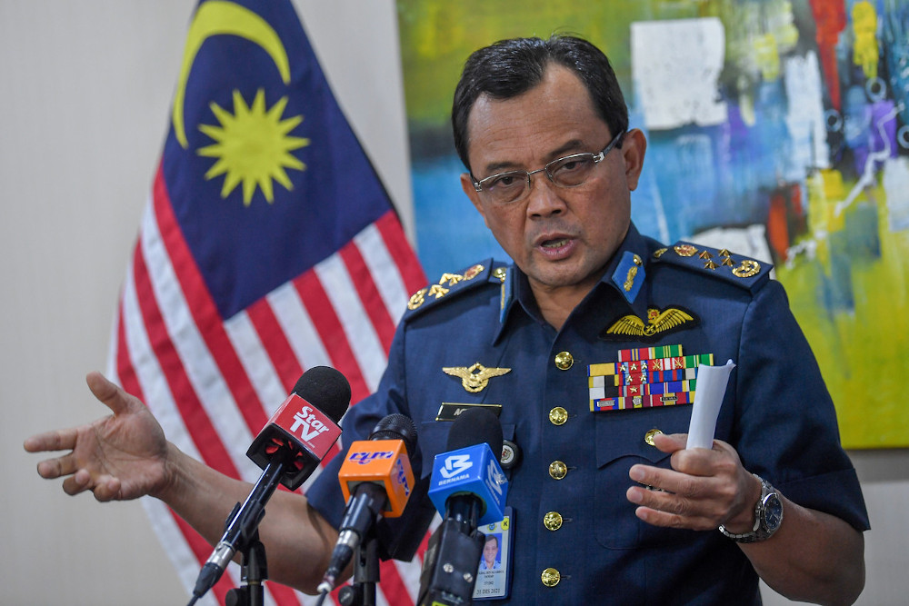 Yesterday, RMAF chief Gen Tan Sri Ackbal Abdul Samad confirmed that 16 PLAAF aircraft had flown close to the national airspace over the MMZ on May 31. — Bernama pic