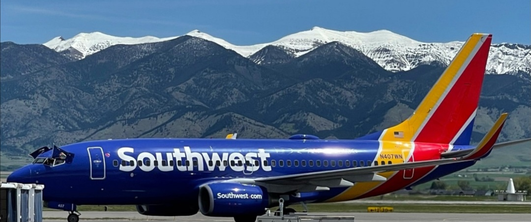 A retired Southwest Airlines pilot has been sentenced to probation after pleading guilty to exposing his private part to a female first officer and watching pornography on a laptop during a flight. ― Picture via Facebook/ Southwest Airlines