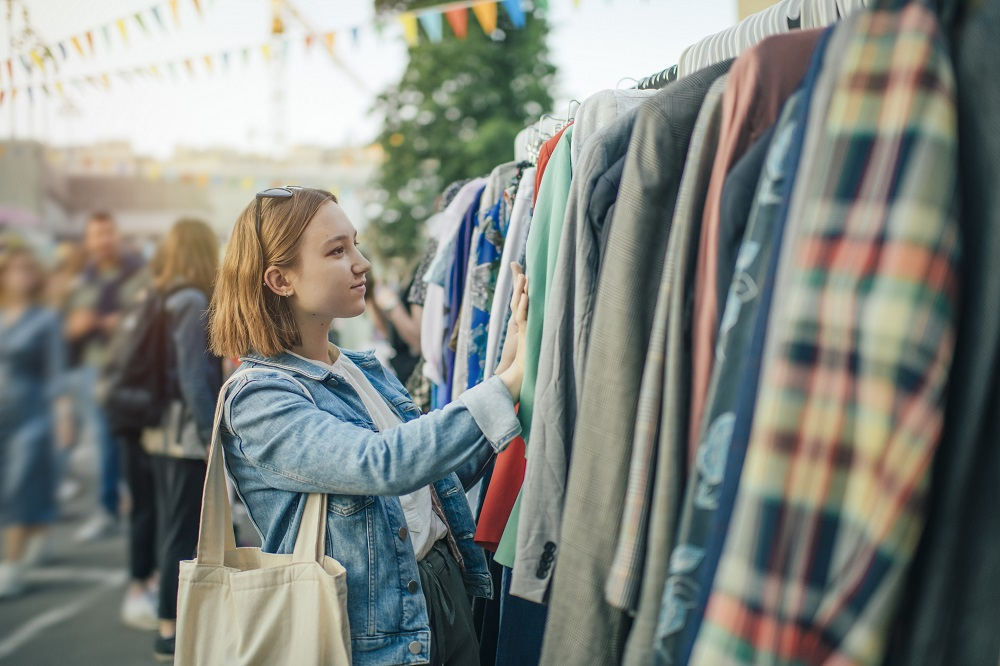 Generation Z likes the affordability and environmental circularity of buying second-hand. — ETX Studio pic