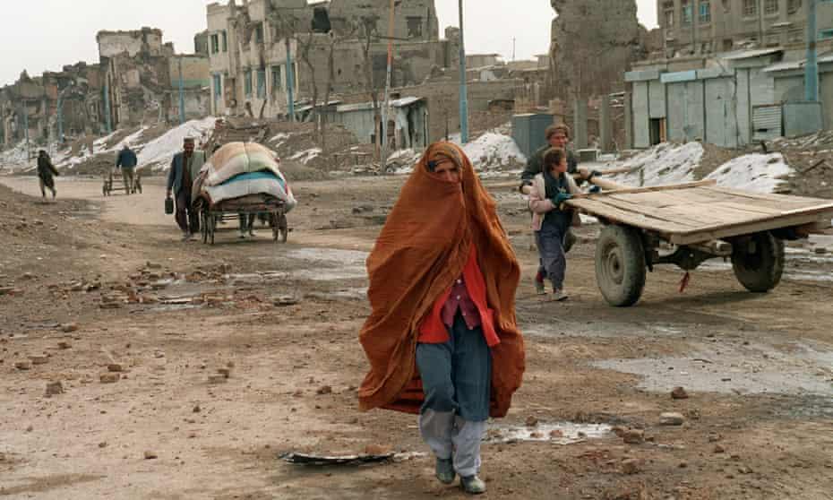Civilians in Kabul, Afghanistan, February 1994