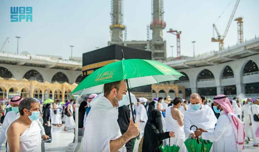 The Two Holy Mosques Presidency distributed 60,000 umbrellas to pilgrims. (SPA)