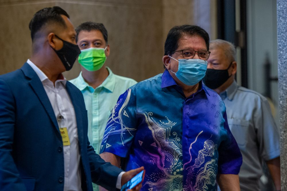 In a lengthy Facebook post, Datuk Seri Tengku Adnan Tengku Mansor said he felt vindicated after the Court of Appeal overturned his conviction and acquitted him on July 16 but pointed out that many, especially Tun Dr Mahathir Mohamad, were unsatisfied with the court's verdict. — Picture by Shafwan Zaidon