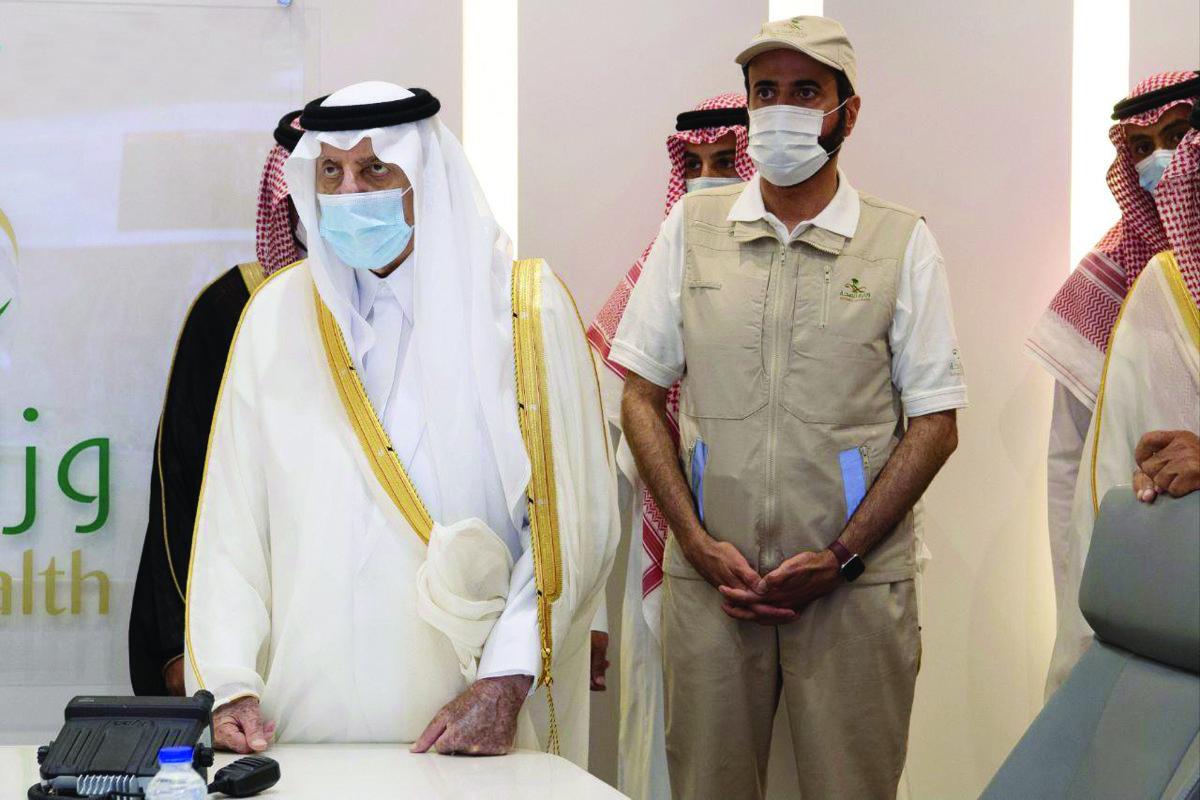 Makkah Gov. Prince Khalid Al-Faisal visiting the holy sites on Tuesday. (SPA)