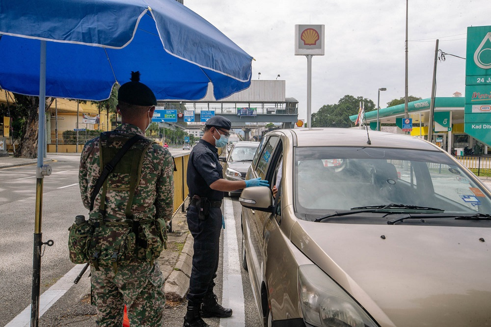 Perlis has banned all those who travelled interstate from taking part in Aidiladha prayers. ― File picture by Firdaus Latif