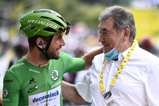 Mark Cavendish issues statement after X-rated rant at bike mechanic during Tour de France