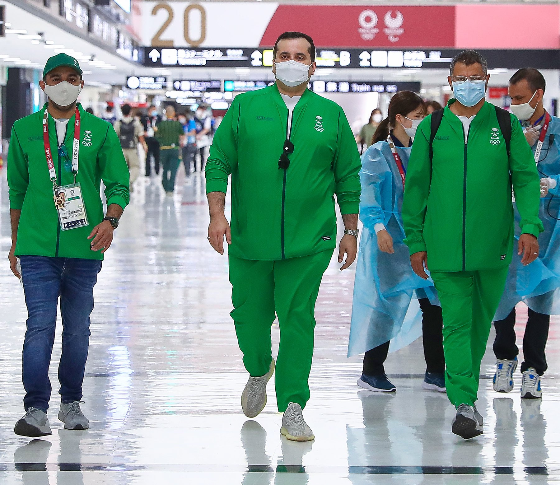 Saudi Olympic football team arrive in Tokyo for the Olympic games. (Twitter/@saudiolympic)