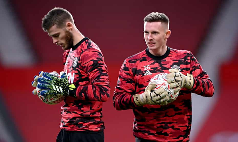 David de Gea (left) and Dean Henderson pictured in January. Solskjær says competition must not become 'toxic'.
