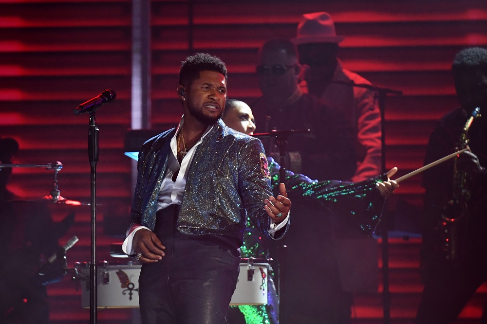 US singer Usher performs a tribute to late US singer-songwriter Prince during the 62nd Annual Grammy Awards in Los Angeles, California, January 26, 2020. — AFP pic