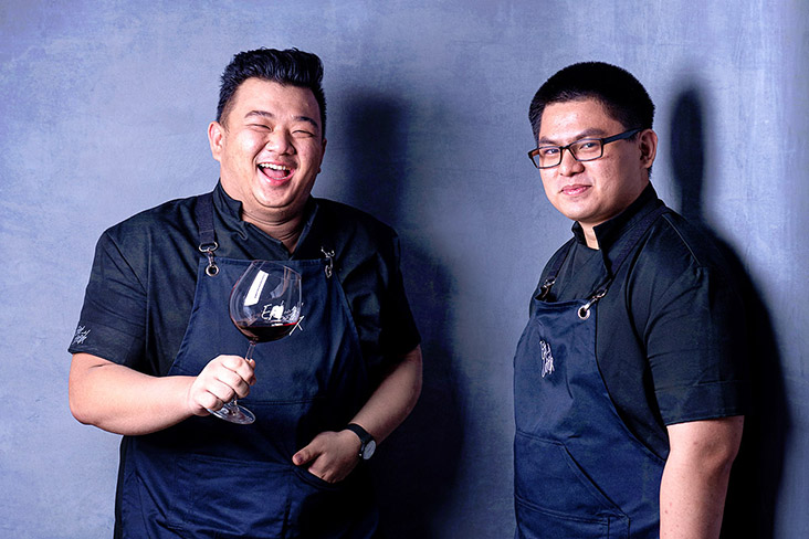 Co-founders of Eat and Cook: Lee Zhe Xi (left) and Soh Yong Zhi (right).
