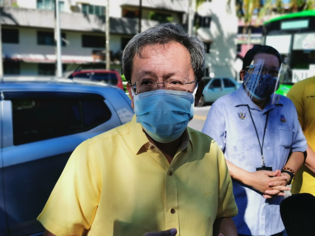 Dr Sim said Sarawak has had to improvise after a surge in Delta cases within the state. ― Borneo Post pic