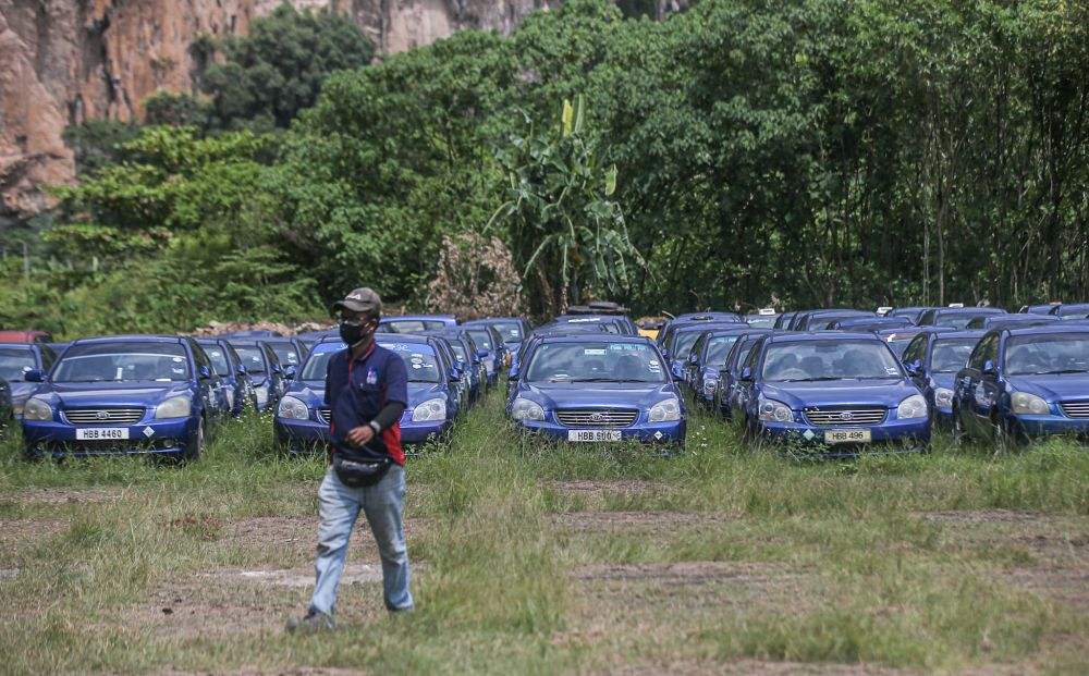 Used cars are seen for sale at Gunung Rapat, Ipoh September 8, 2021. — Picture by Farhan Najib