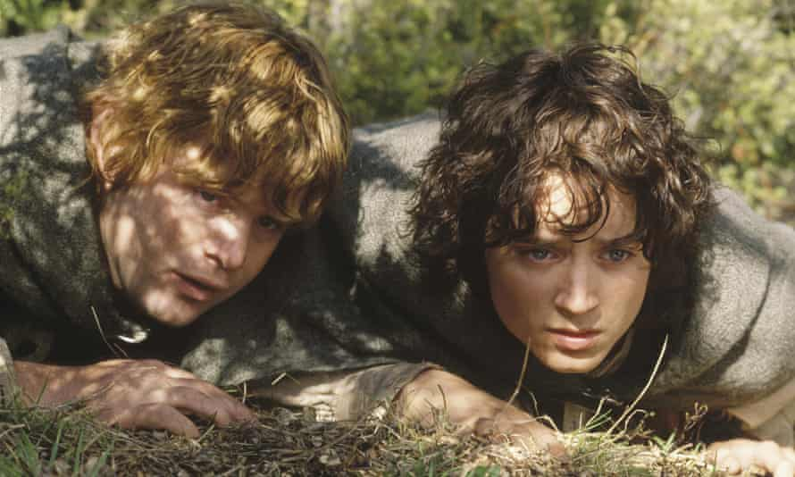 Sean Astin and Elijah Wood as hobbits in the The Lord of the Rings: The Two Towers.