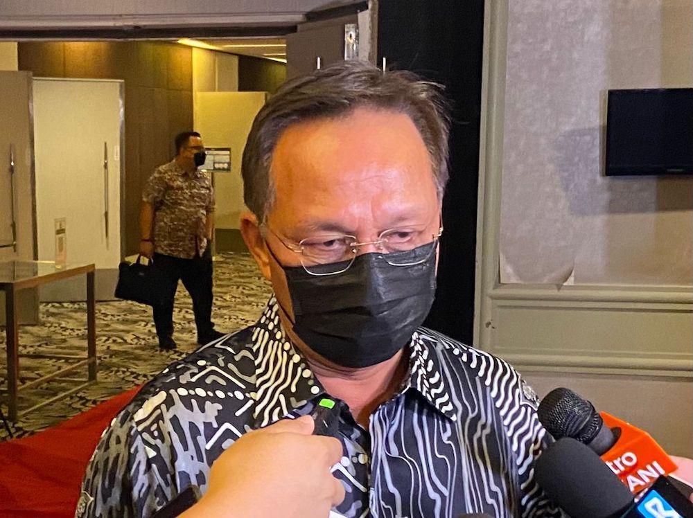 Johor Mentri Besar Datuk Hasni Mohammad speaks to reporters at Thistle Johor Baru September 25, 2021 — Picture by Ben Tan