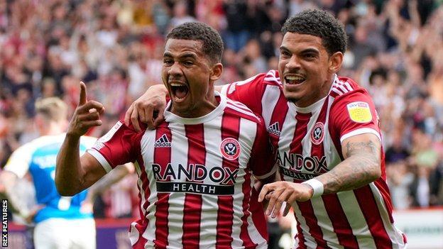 Sheffield United's Iliman Ndiaye and Morgan Gibbs-White