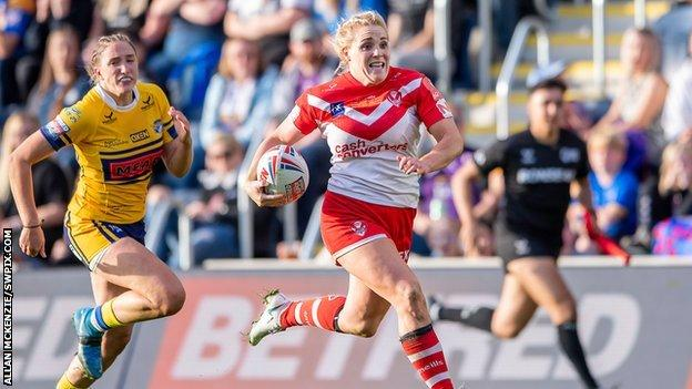 St Helens' fourth try from Amy Hardcastle was perhaps the pick of their six