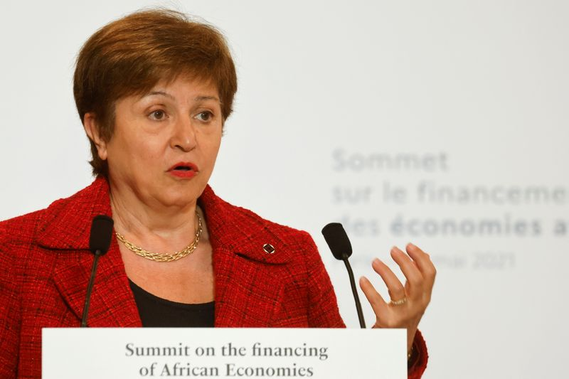 Data-rigging allegations against IMF chief fall short, says French source