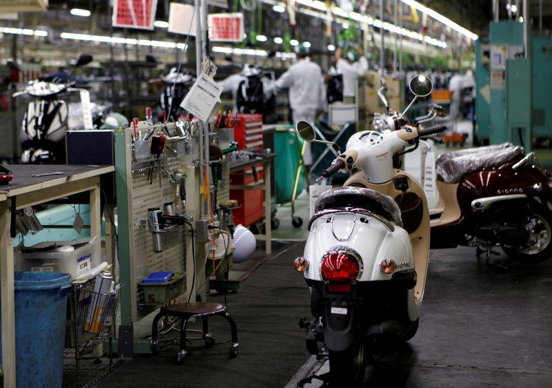 Japan manufacturers' mood drops to 6-month low in October - Reuters Tankan