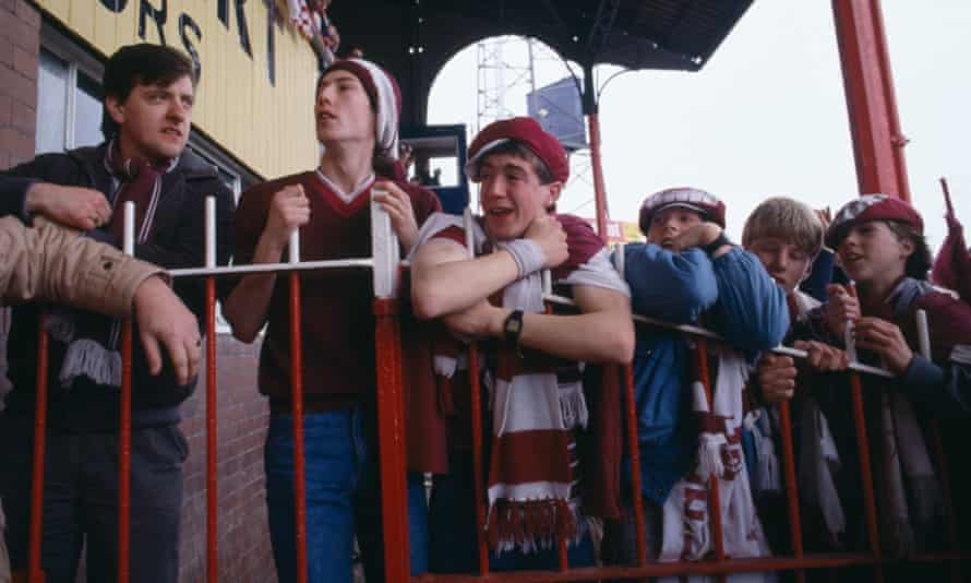 Despair for Hearts fans after a 2-0 defeat at Dundee denies the club the Scottish Premier League title in 1986.