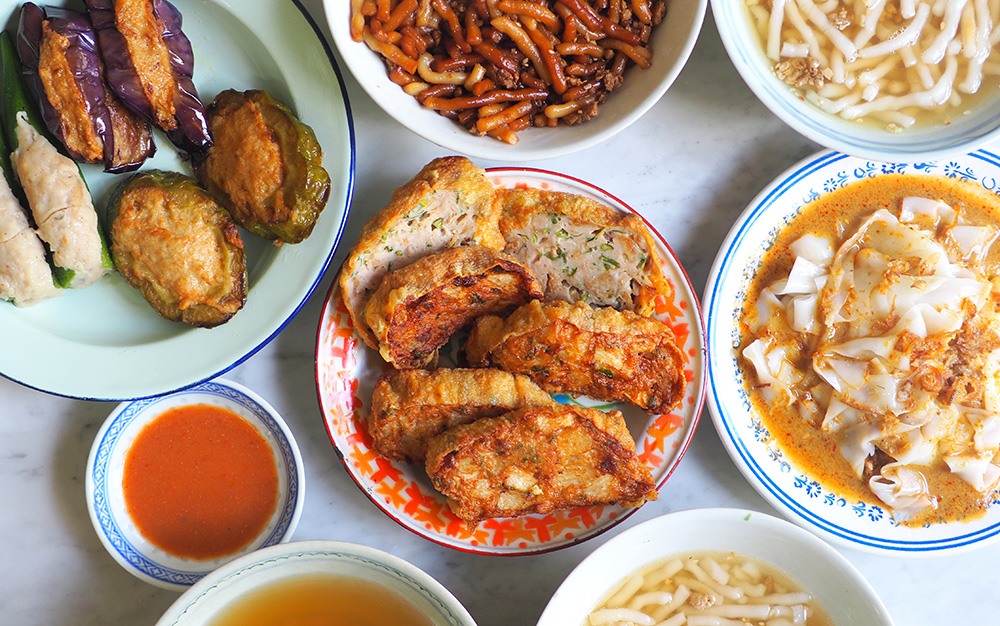 Get a taste of Ipoh with 'sar kok liew', 'yong liew', 'lai fun' and curry 'chee cheong fun' at this stall that is now at Petaling Jaya SS2 area. — Pictures by Lee Khang Yi
