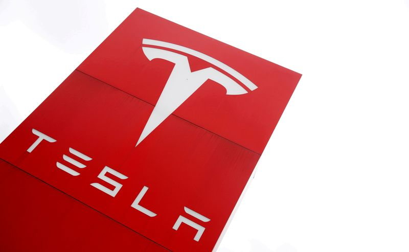 U.S. asks Tesla why it did not recall Autopilot after software changes