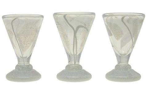 Astrid-Glass-11.3.11-40716