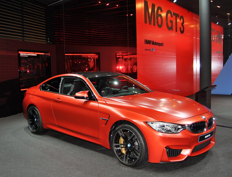 BMW opnieuw leider in het premiumsegment in België in 2016.
