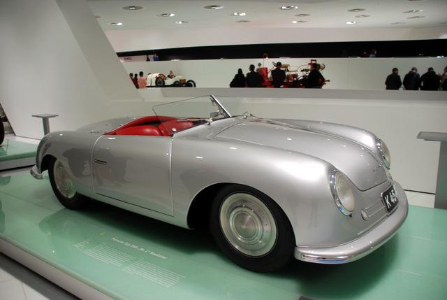 Porsche Museum De.  Vincent Arpons