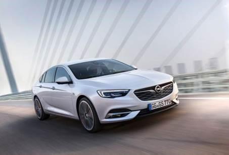 De naam zegt alles: de gloednieuwe Opel Insignia Grand Sport (persbericht)