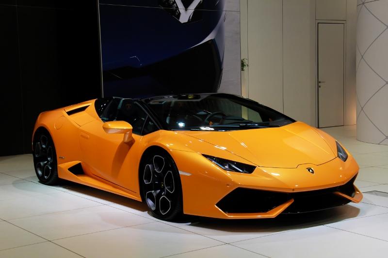 auto15-293-800x533