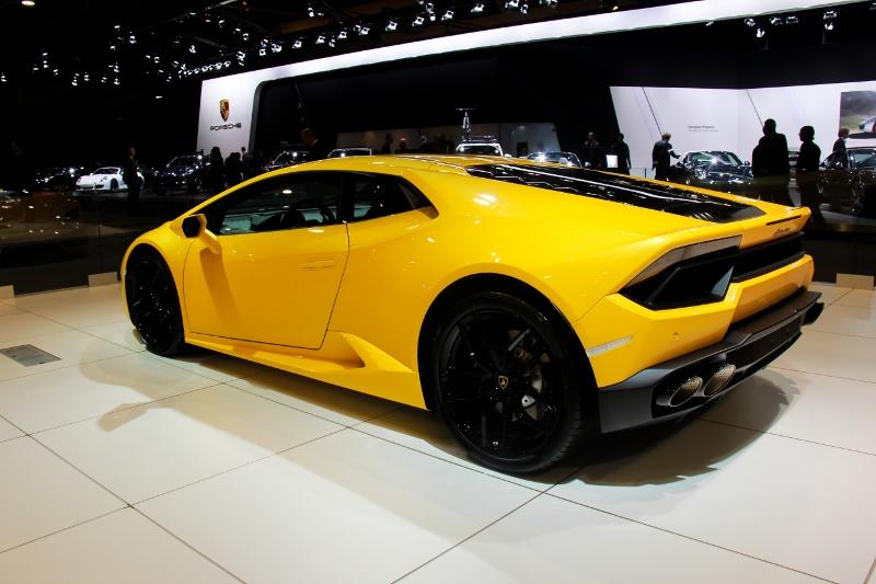 auto15-299-800x533