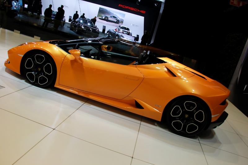 auto15-302-800x533