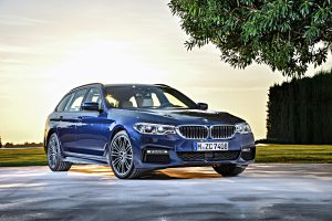 P90245023_highRes_the-new-bmw-5-series